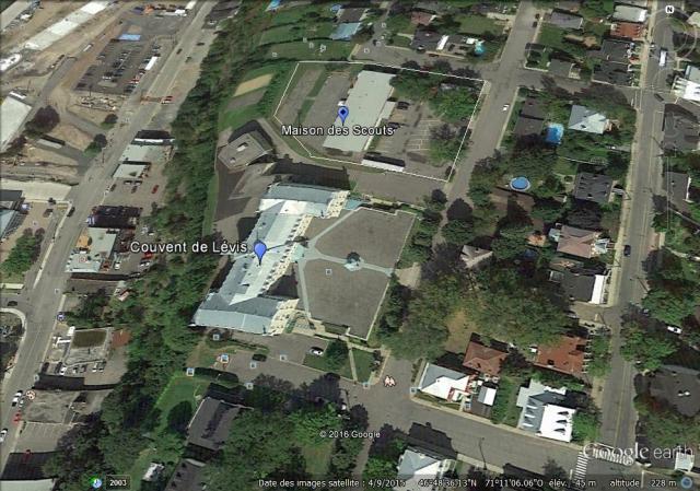 Le Couvent de Lévis et la Maison des Scouts situés dans la zone urbaine P-2166